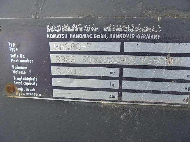 KOMATSU 3,2 CBM SCHUAFEL - 05