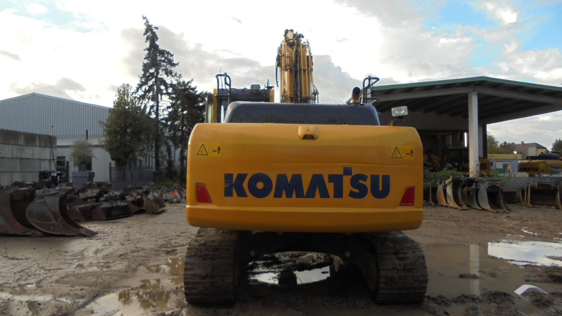 KOMATSU PC 210LCI-10 - 07