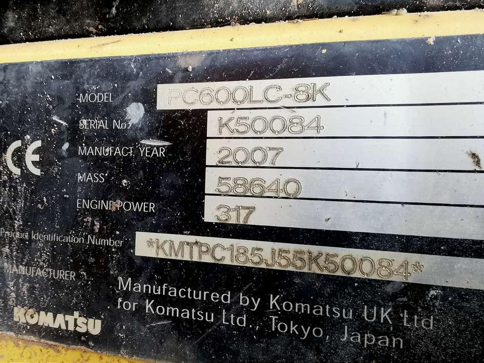 KOMATSU PC 600 LC-8 - 18