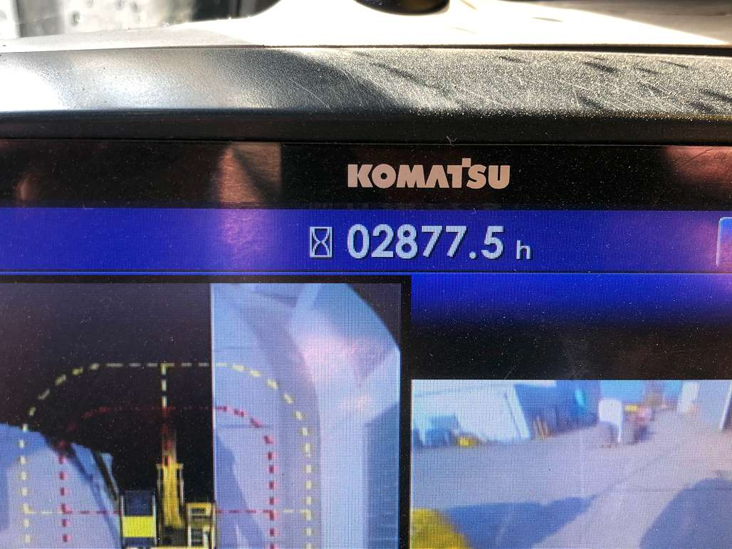 KOMATSU HB 365 LC-3 - 09