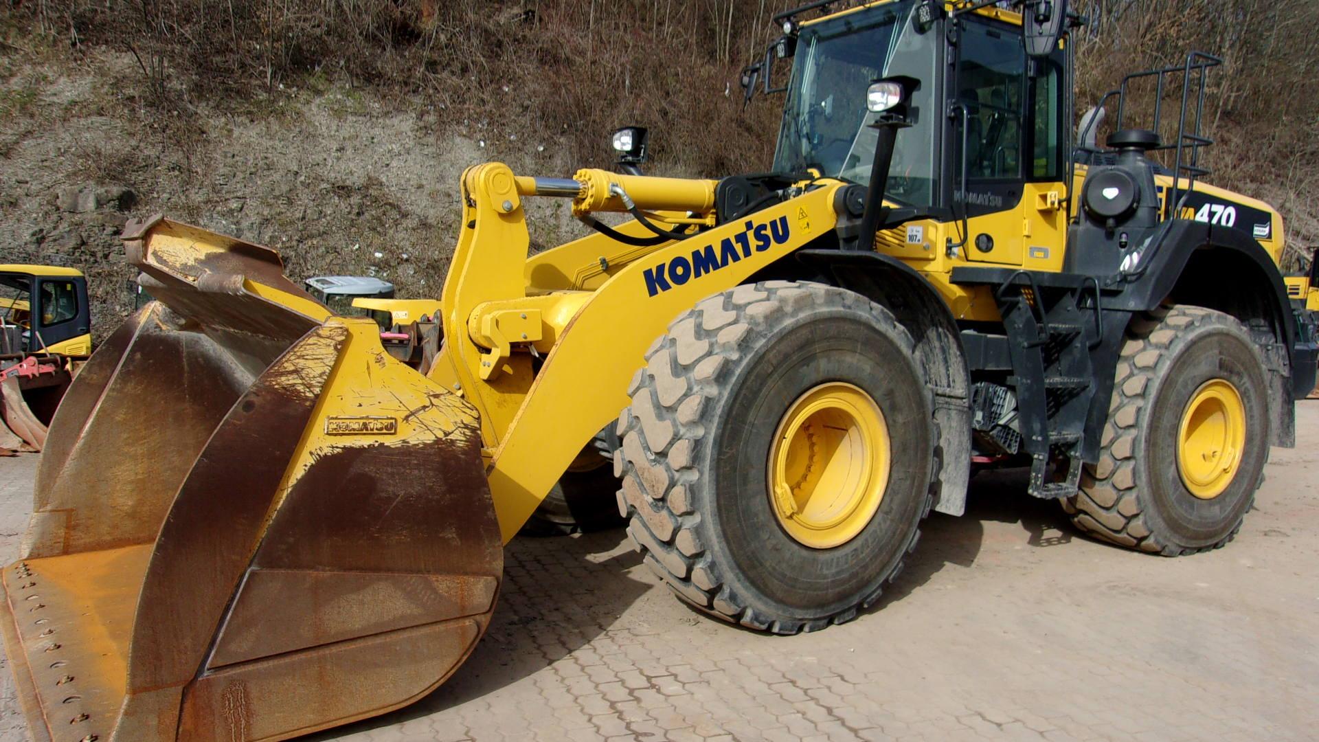 KOMATSU WA 470-8E0 - 01