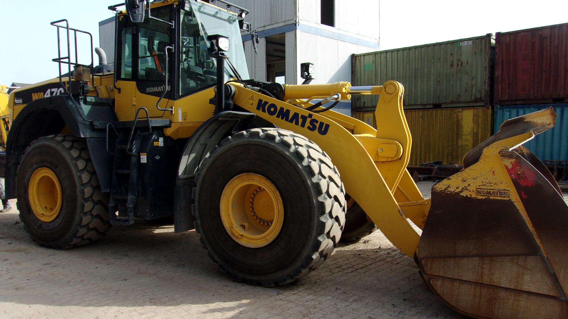 KOMATSU WA 470-8E0 - 03