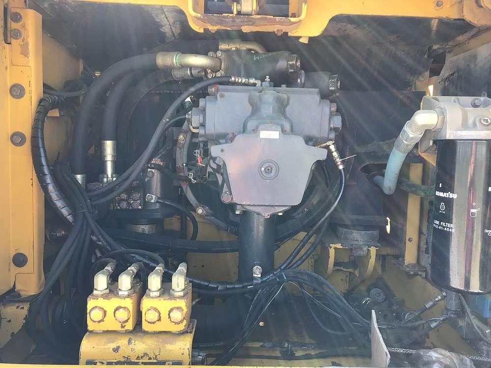 KOMATSU PC 340LCD-7K - 24