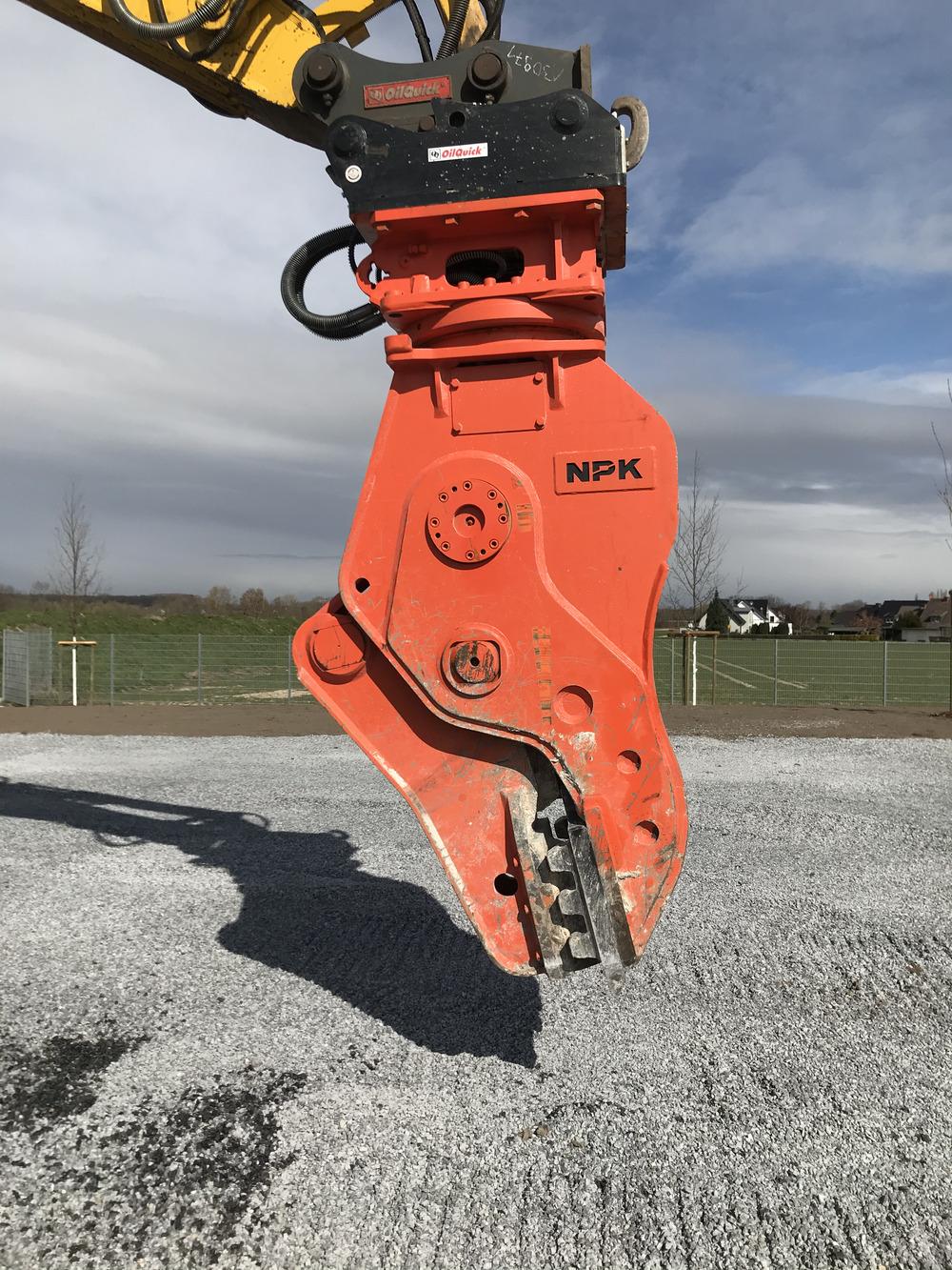 NPK V250R OQ80 - 02