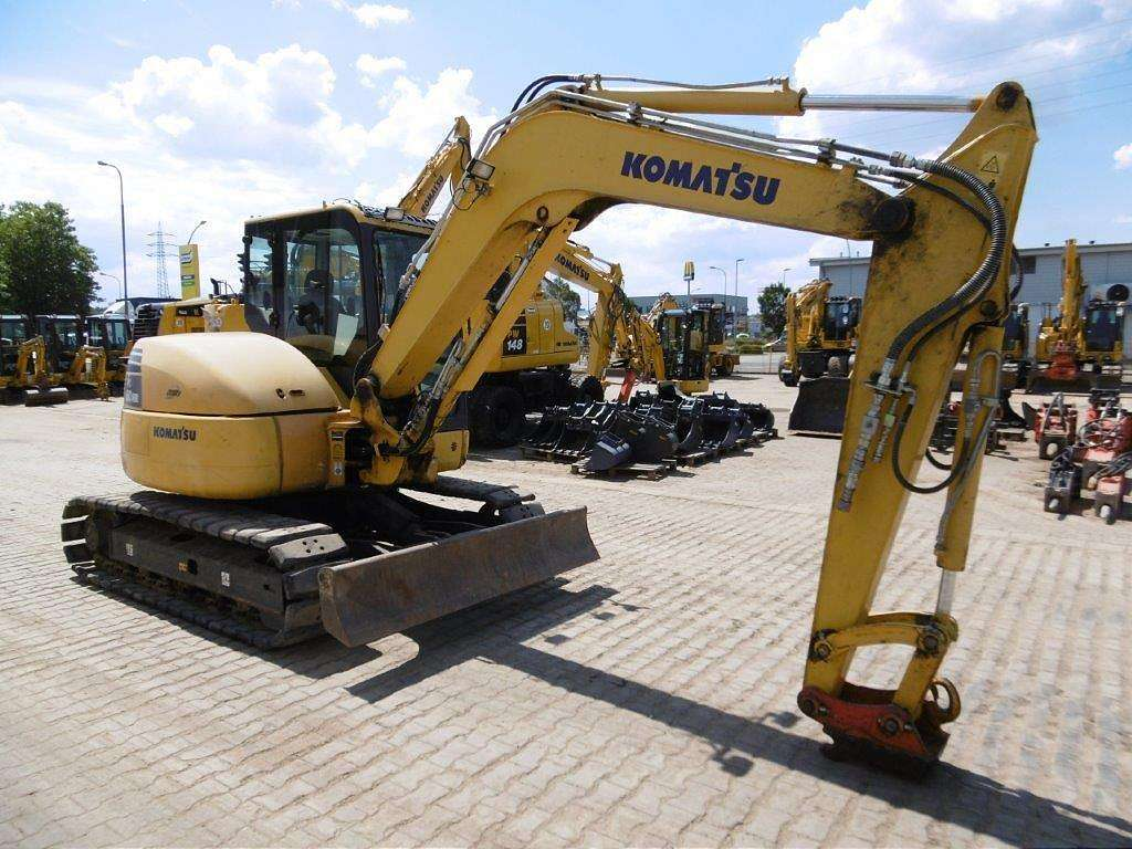 KOMATSU PC 80 MR-3 - 02