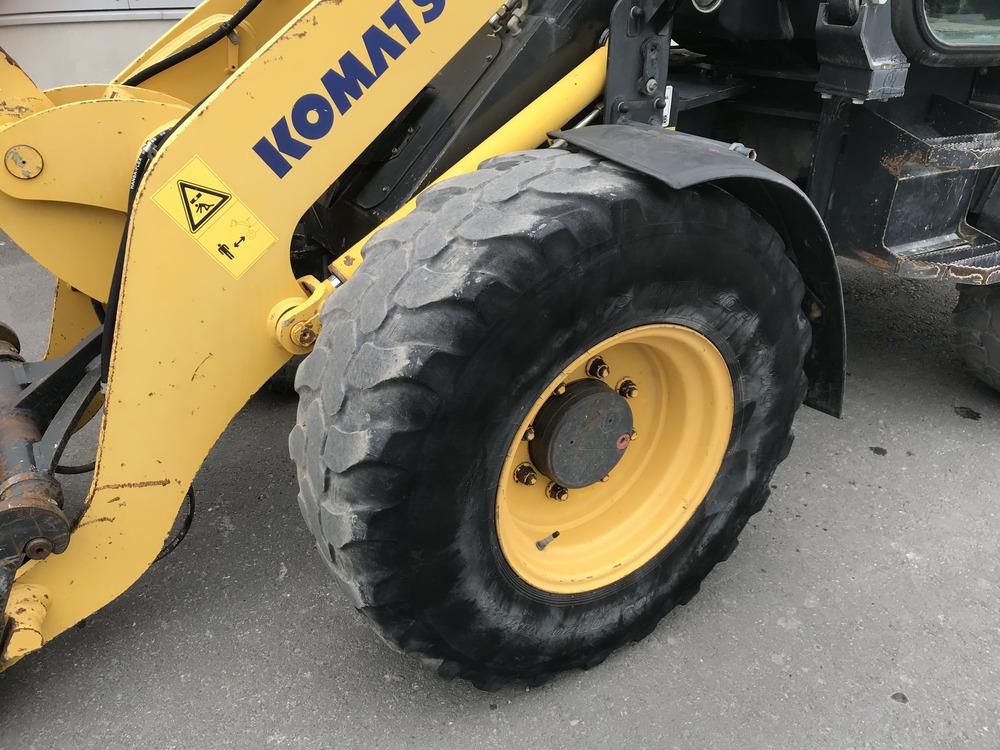 KOMATSU WA 80-5 - 10