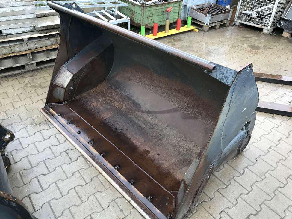 SCHLÜTER 1,4 CBM HOCHKIPPSCHAUFEL, 1.950 MM BREIT - 02