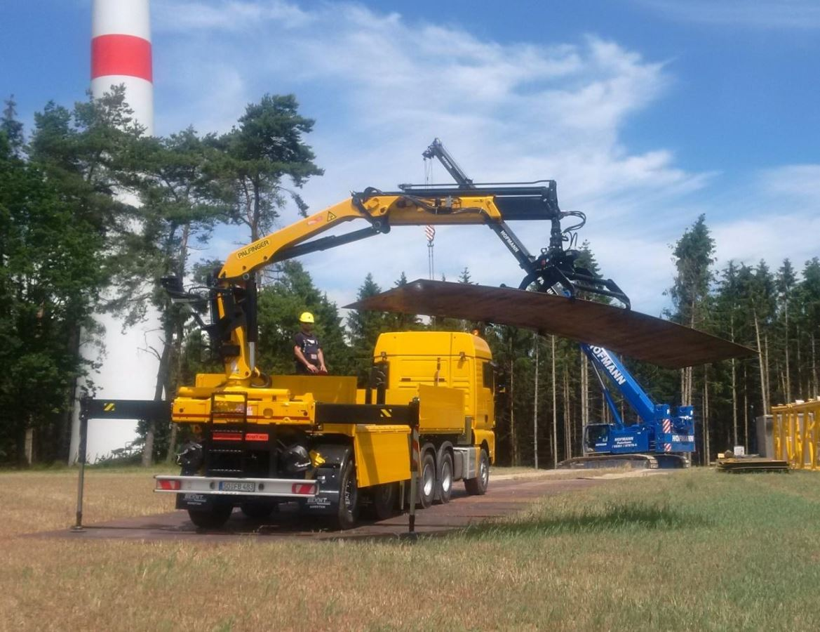 Temporary Construction Roads : Bracht mobile temporary construction road equipment